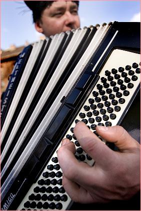 Nowa Huta - Adam akordeonista
