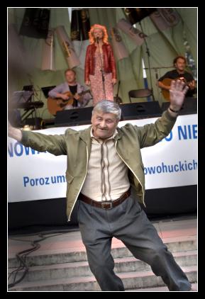 Śpiewogranie - tańczący Pan